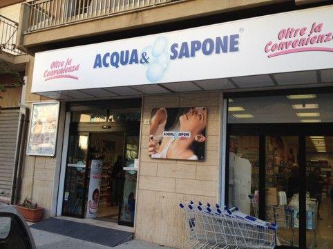 negozio punto vendita acqua e sapone