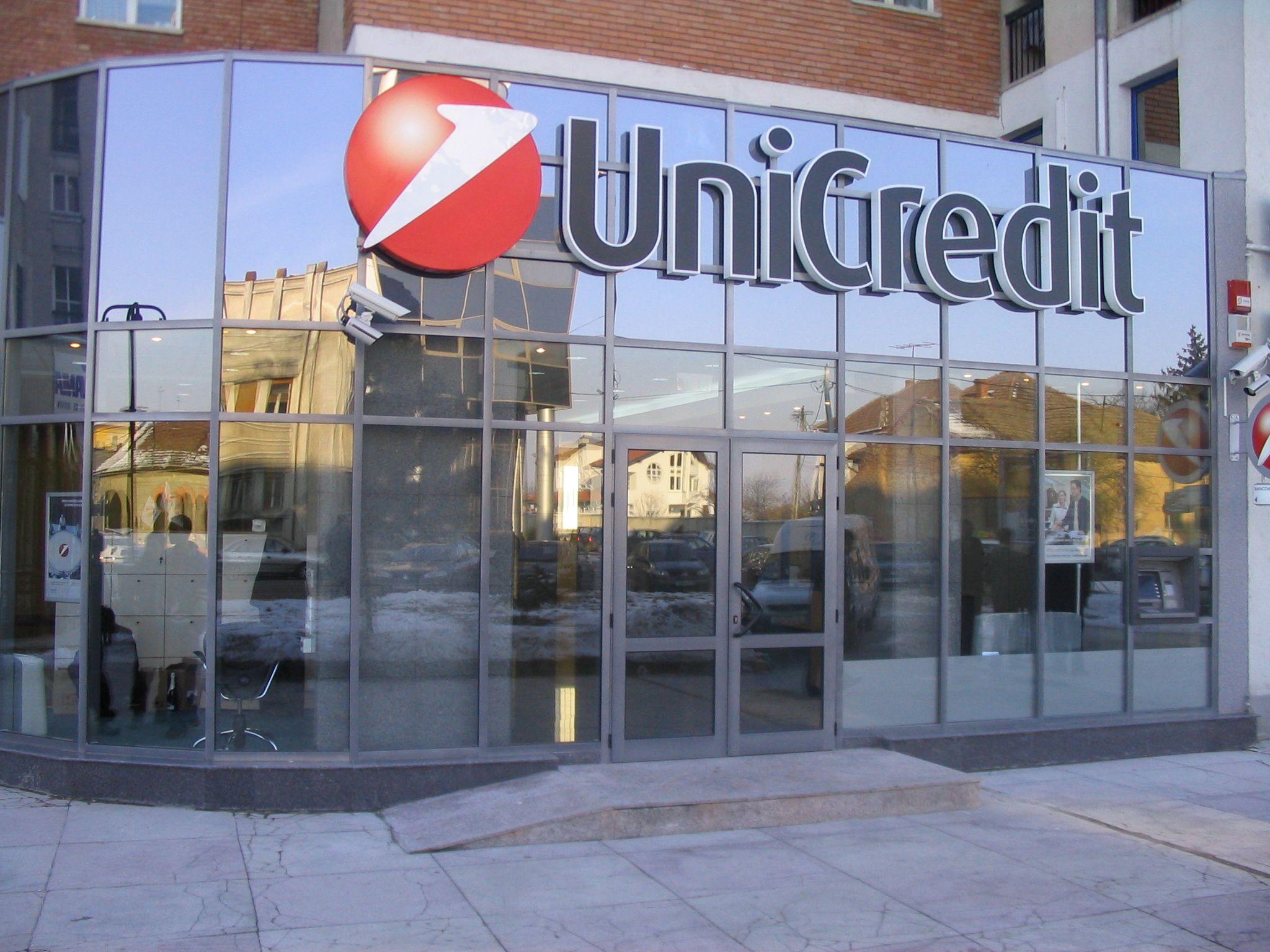 Unicredit assume nuovi addetti allo sportello in italia - Unicredit roma via specchi ...