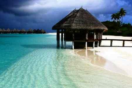 lavorare alle Maldive