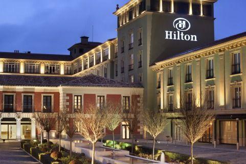 hotel hilton lavora con noi
