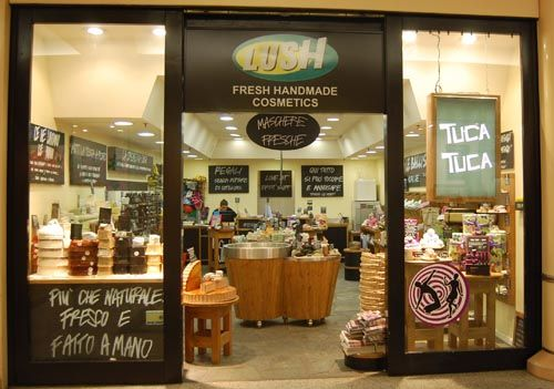negozio lush italia