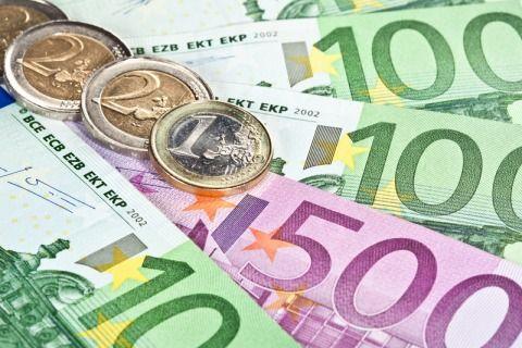 indennità aspi 1000 euro al mese per disoccupati