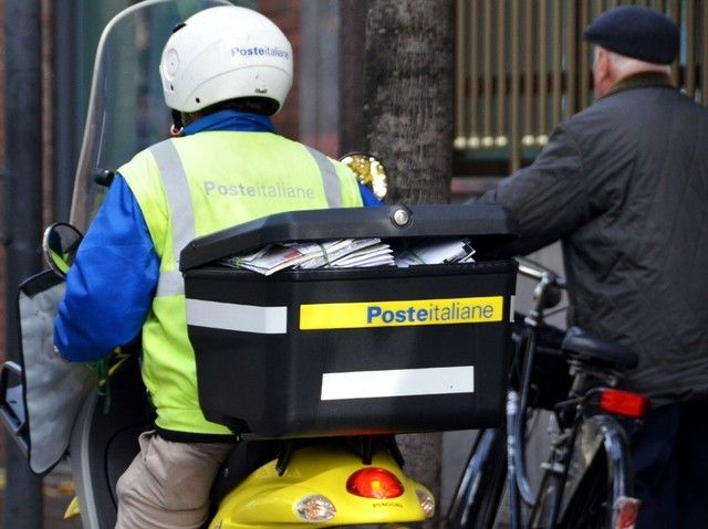 postino poste italiane lavora con noi
