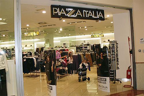 piazza italia negozio lavoro