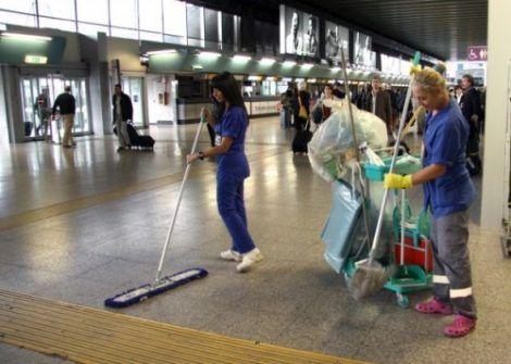 lavoro pulizia aeroporto