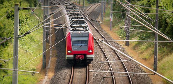 treno-trasporti-ferrovia