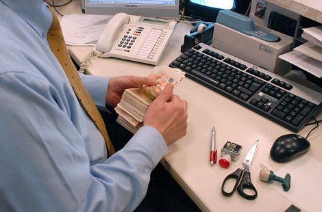 lavoro impiegato banca