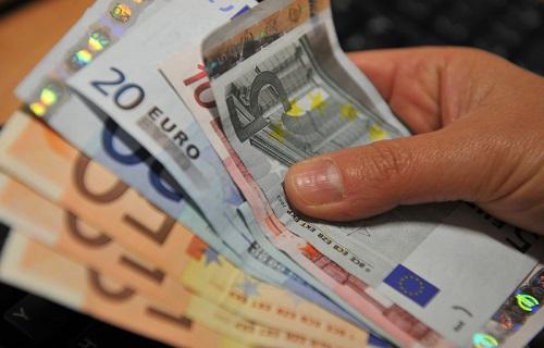 3000 euro al mese
