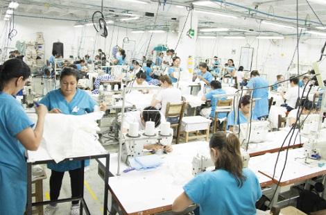 lavoro fabbrica italiana