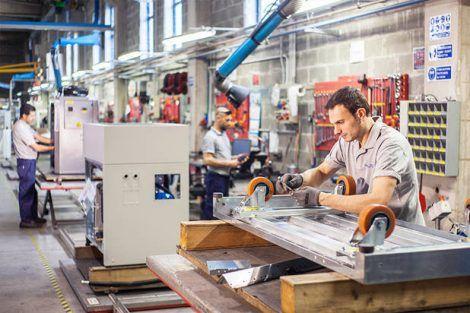 Operatori di linea di produzione lavoro