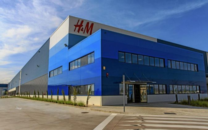 centro logistico h&m lavoro