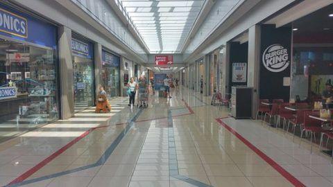 nuovo centro commerciale italia