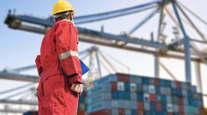 operatore portuale lavoro